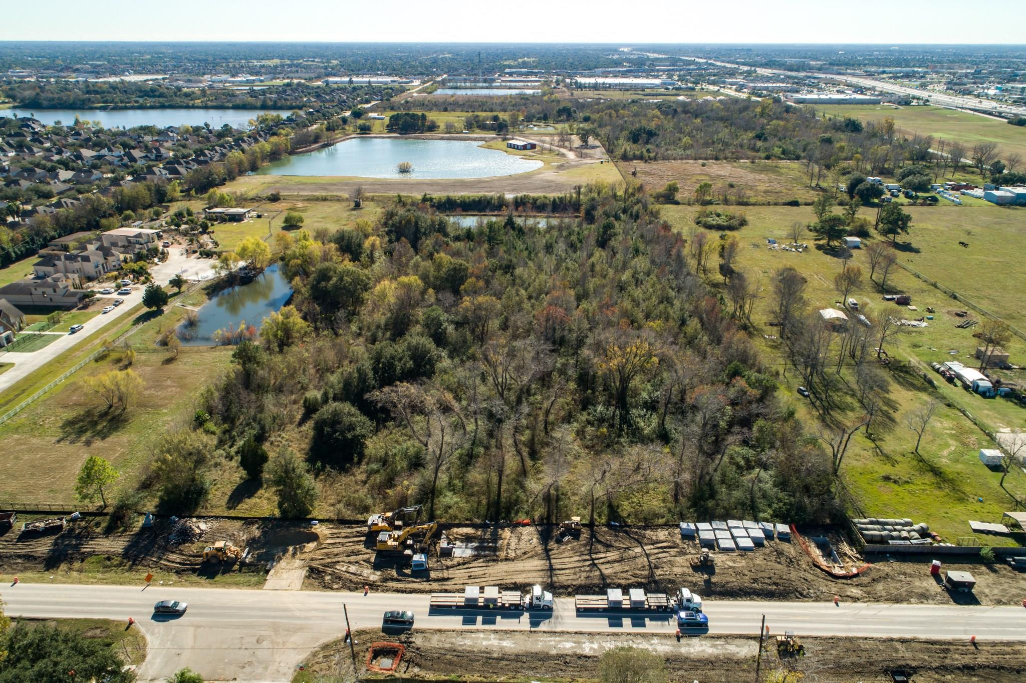 000 County Road 403 Property Photo - Pearland, TX real estate listing