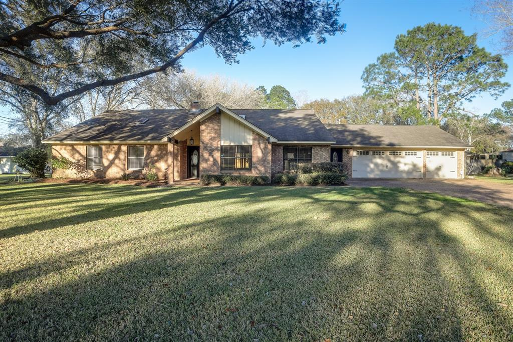 2603 Palmetto Drive, Bay City, TX 77414 - Bay City, TX real estate listing