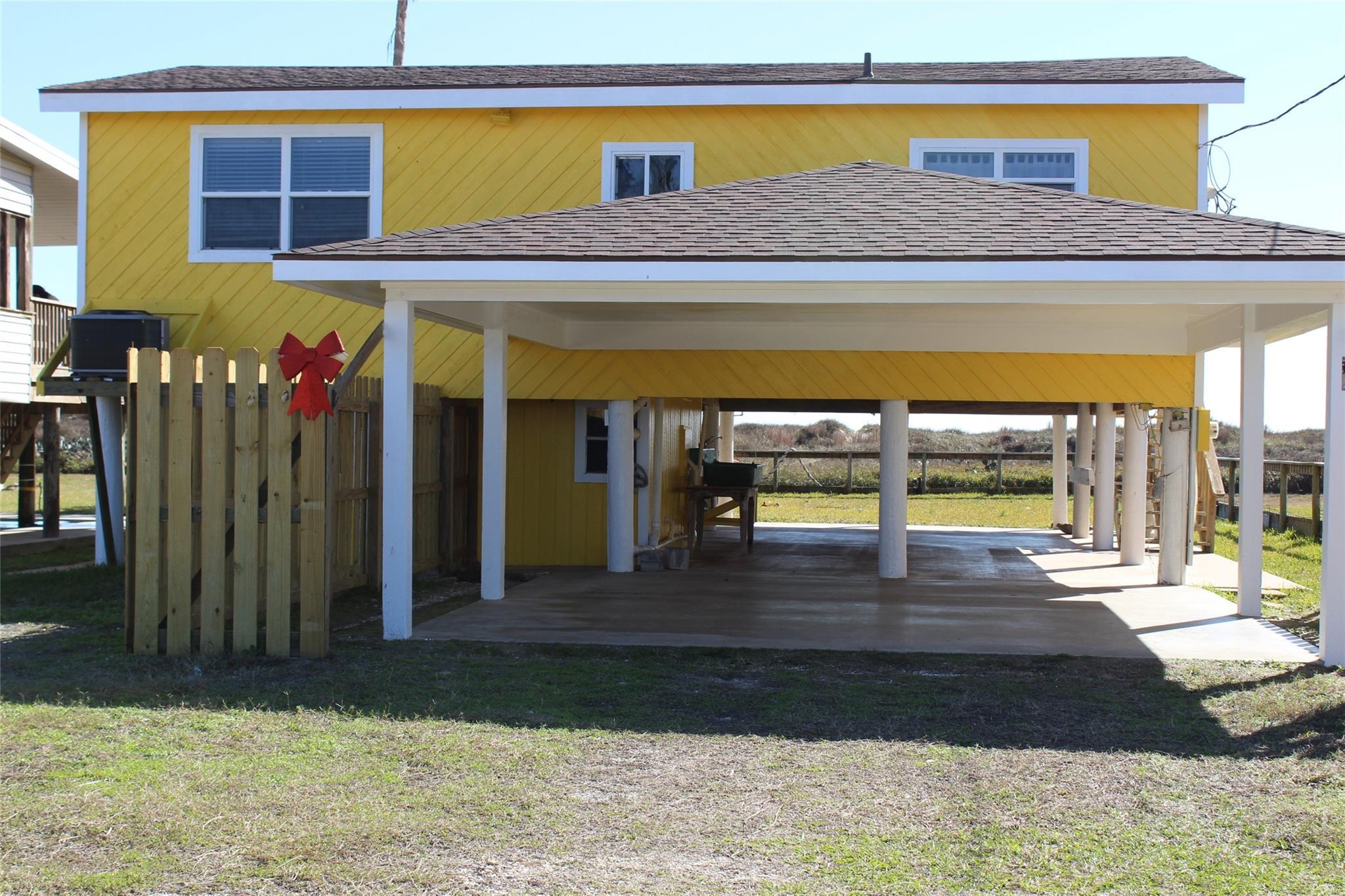 480 Beachfront Drive Property Photo - Matagorda, TX real estate listing