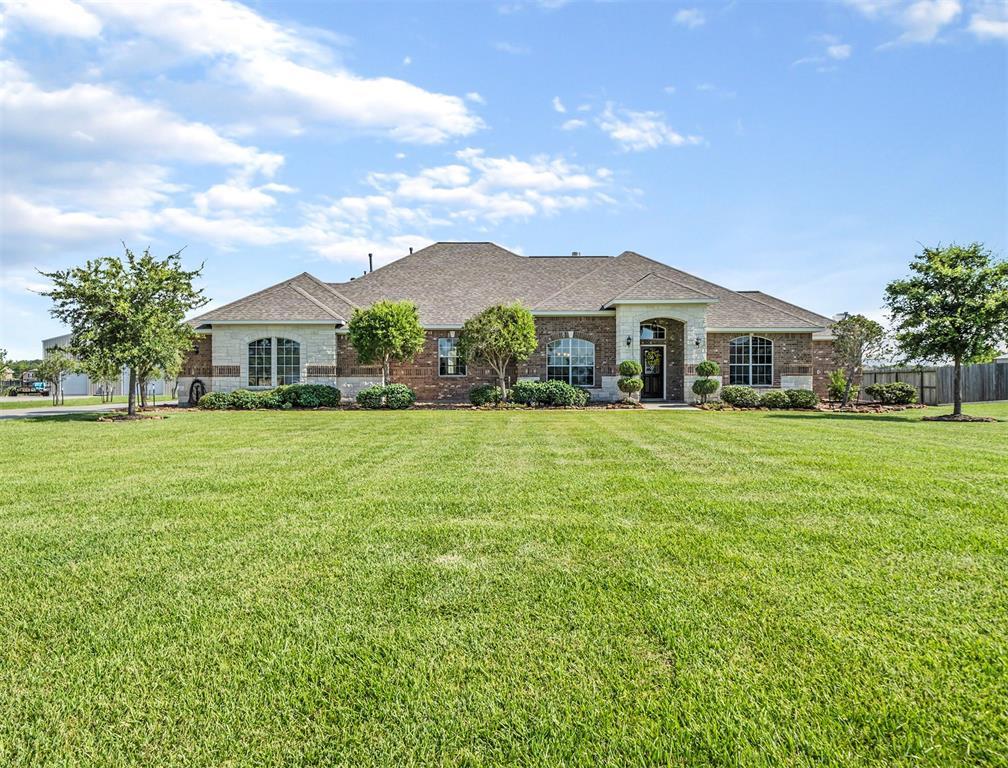 4911 Landon Lane Property Photo - Baytown, TX real estate listing