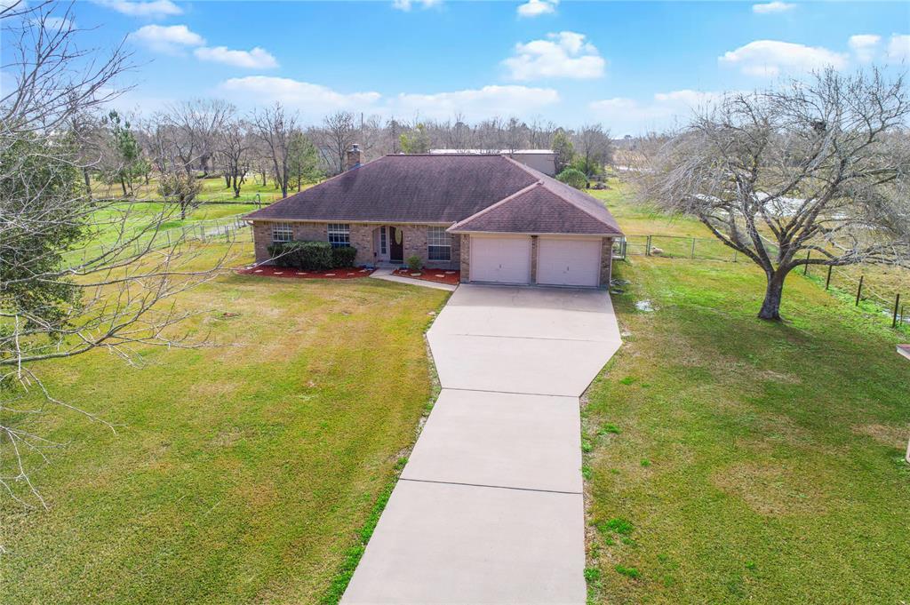13817 Carolyn Street, Santa Fe, TX 77517 - Santa Fe, TX real estate listing