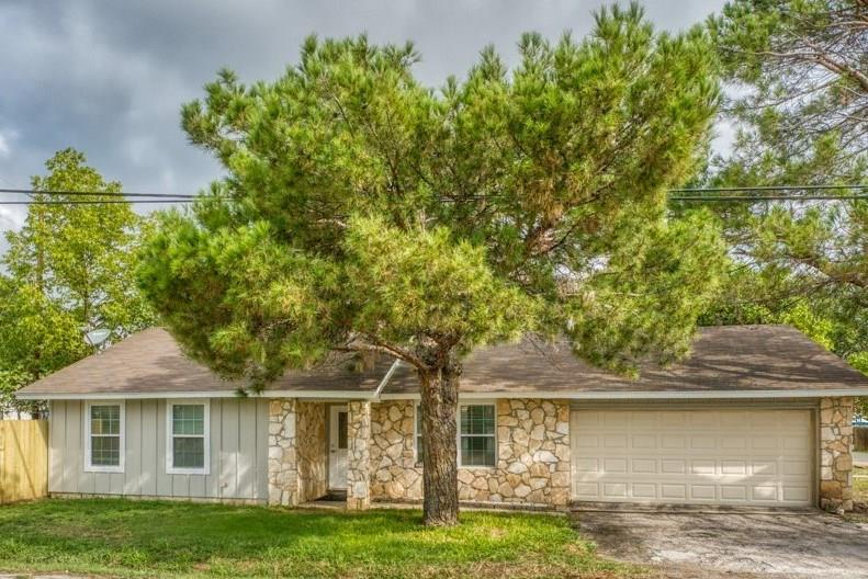 4101 Cottonwood Drive Property Photo - Cottonwood Shores, TX real estate listing