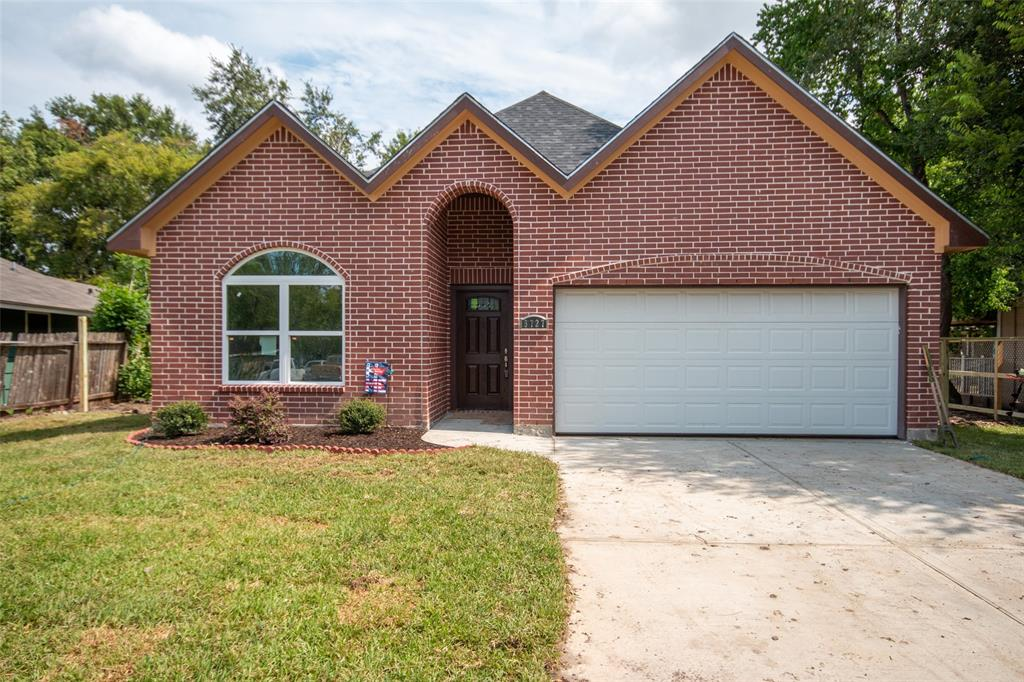 5727 Glenhurst Drive, Houston, TX 77033 - Houston, TX real estate listing