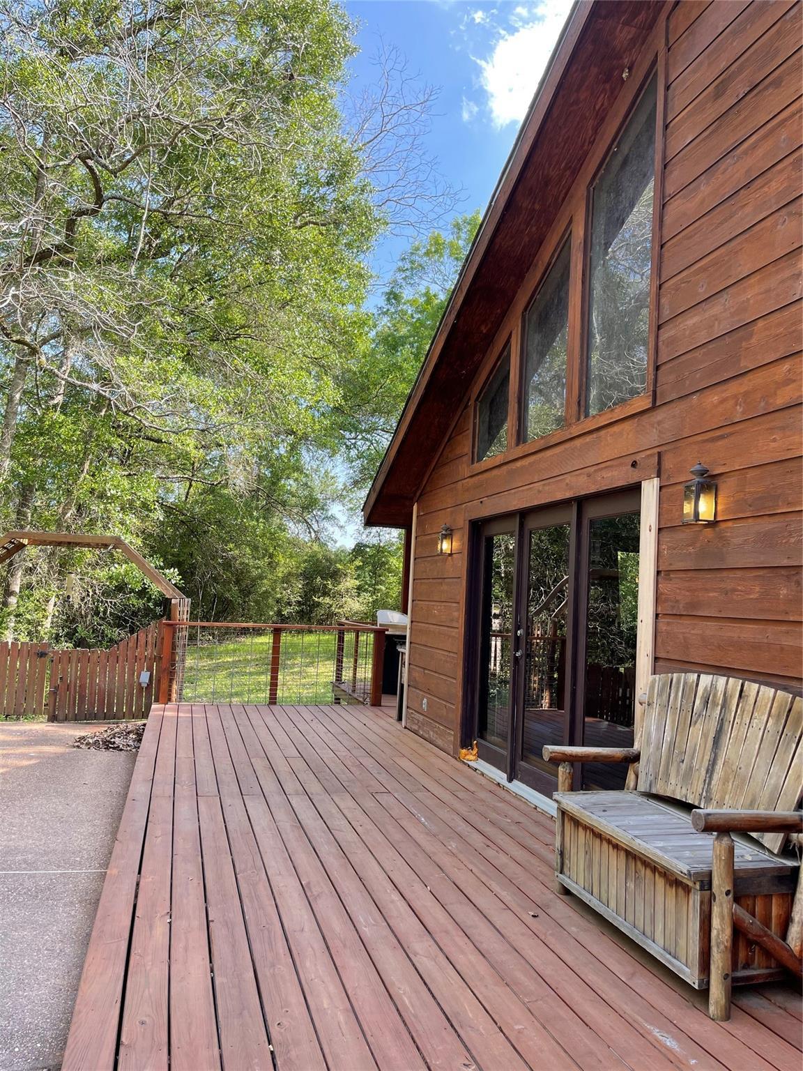 636 Piney Creek Road Property Photo