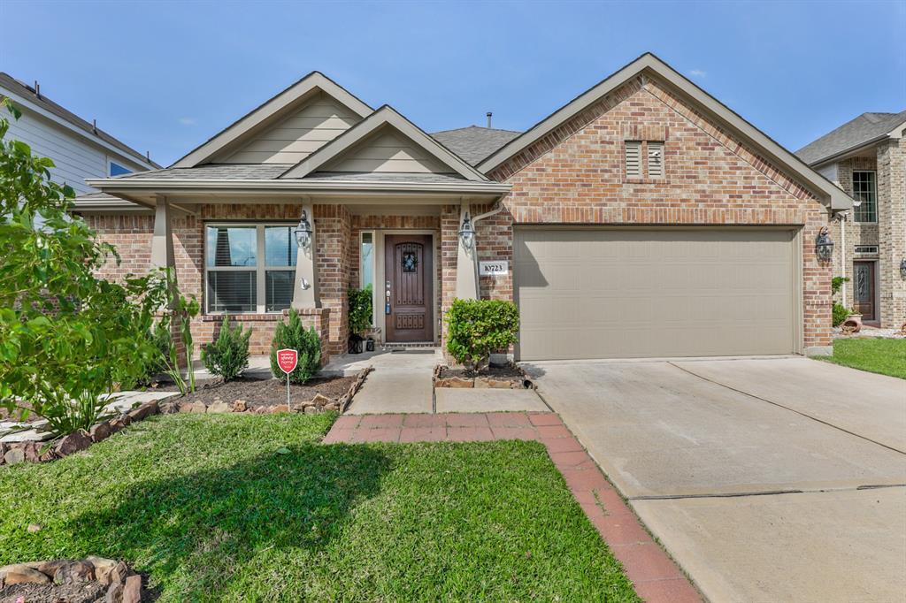 10723 Clear Arbor Lane Property Photo - Houston, TX real estate listing