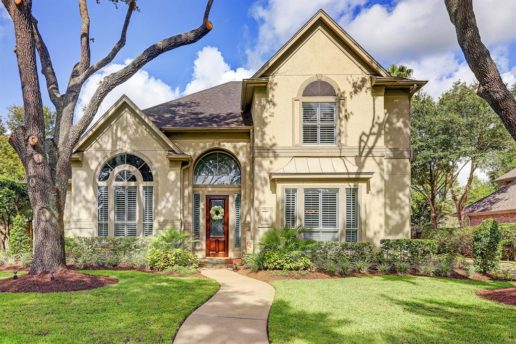 3318 Oak Tree Court Property Photo - Sugar Land, TX real estate listing