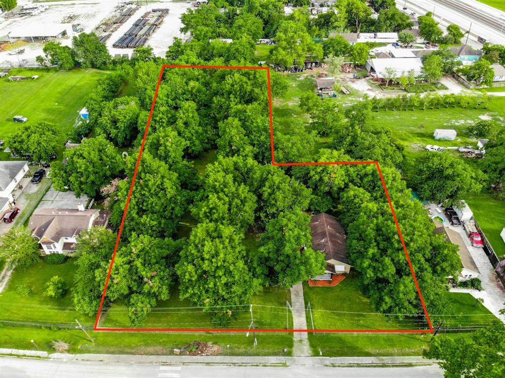 1518 Skinner Road Property Photo - Houston, TX real estate listing