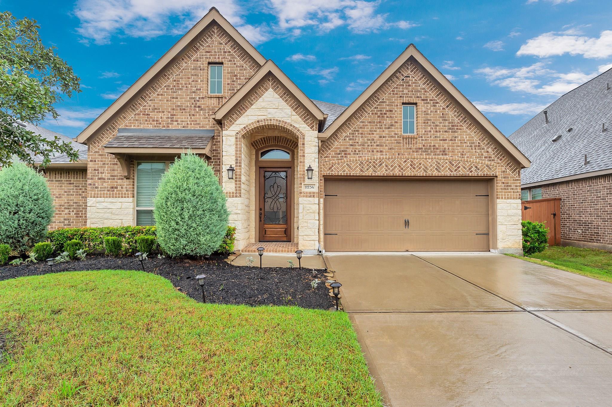 11234 Dunstan Hill Drive Property Photo