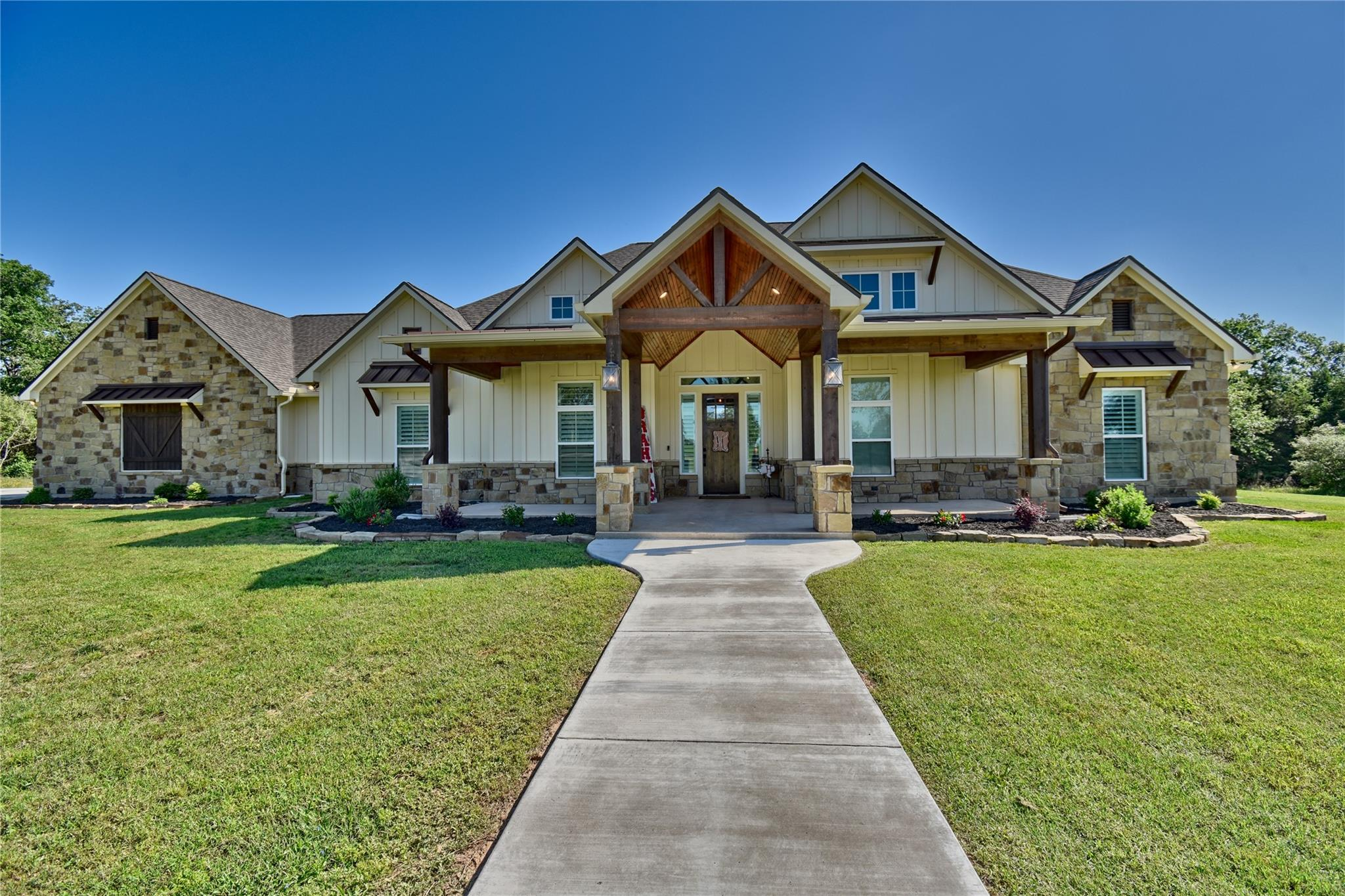 8151 Jared Road Property Photo - Bellville, TX real estate listing