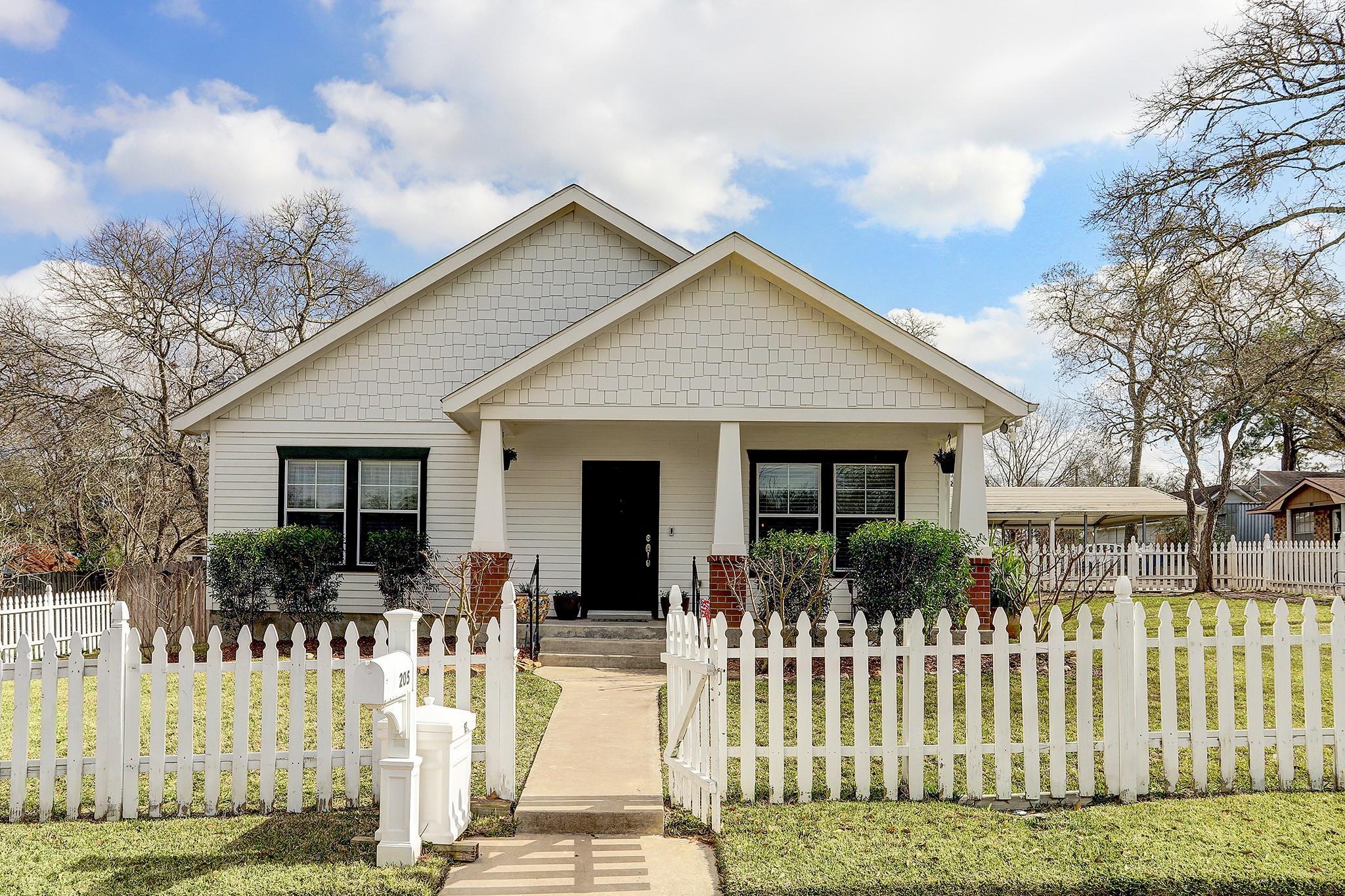 205 N Miller Street Property Photo