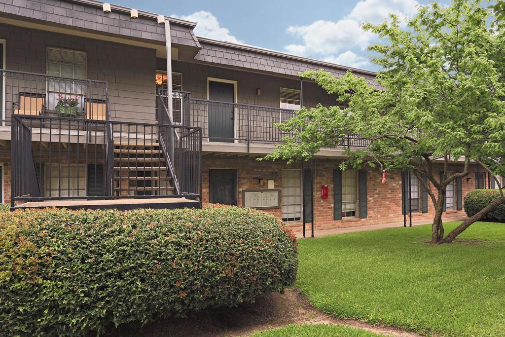 Memorial Real Estate Listings Main Image