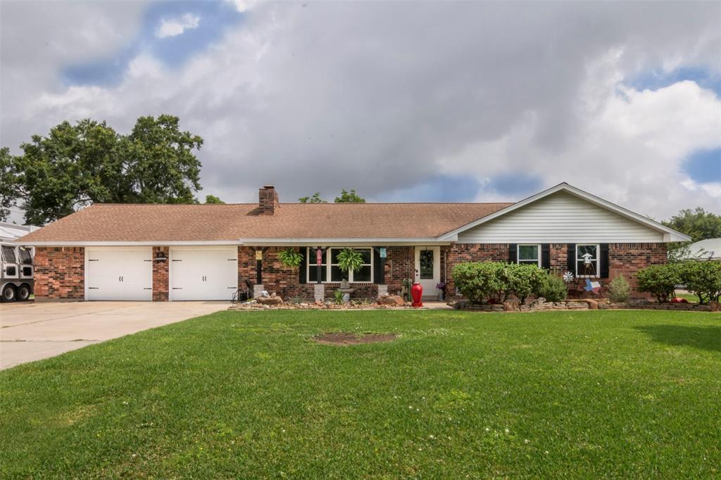 10277 N H Street Property Photo - La Porte, TX real estate listing