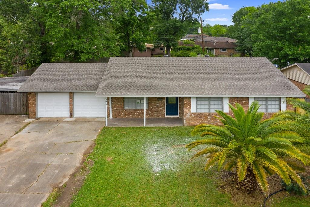 8610 Newfield Lane Property Photo - Beaumont, TX real estate listing