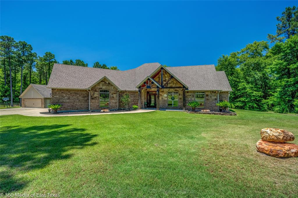 360 Amber Wood Property Photo - Lufkin, TX real estate listing