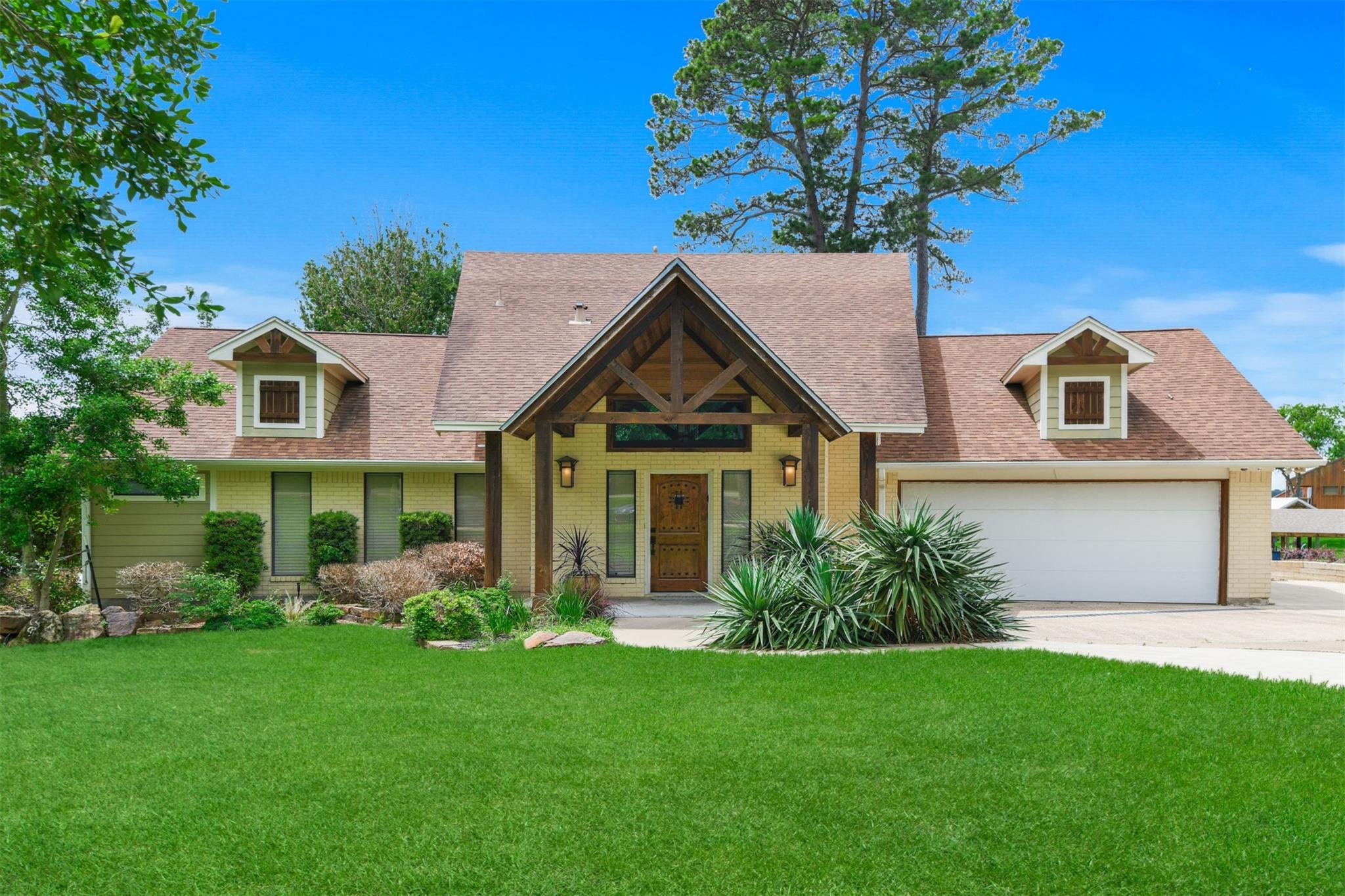 495 Wildwood Drive Property Photo