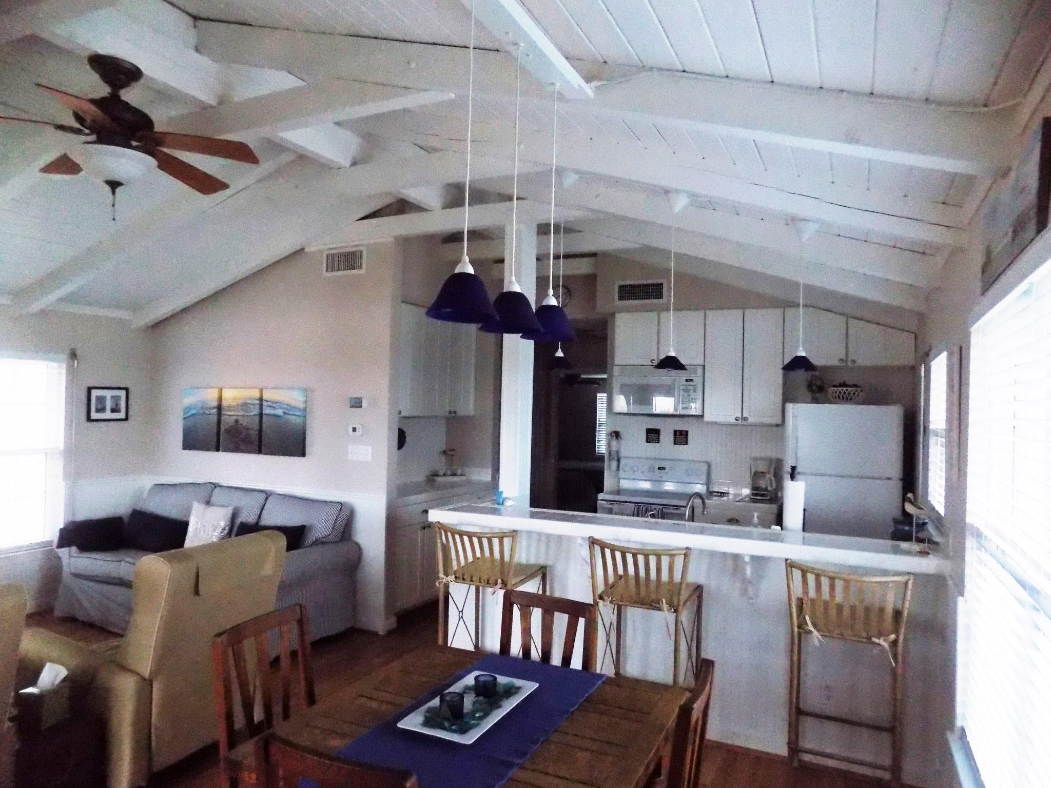 1816 County Road 201 Property Photo - Sargent, TX real estate listing