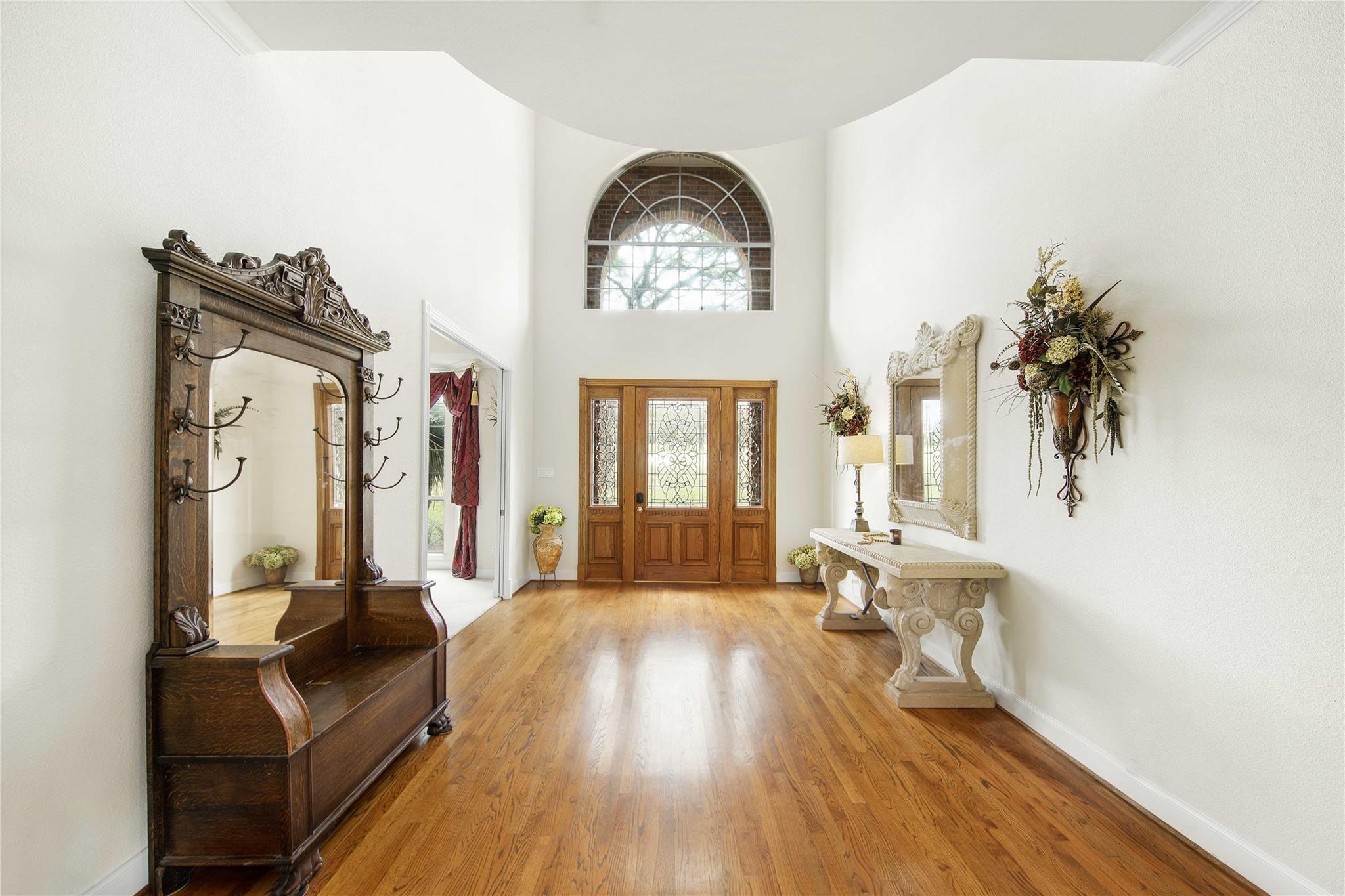78163 Real Estate Listings Main Image