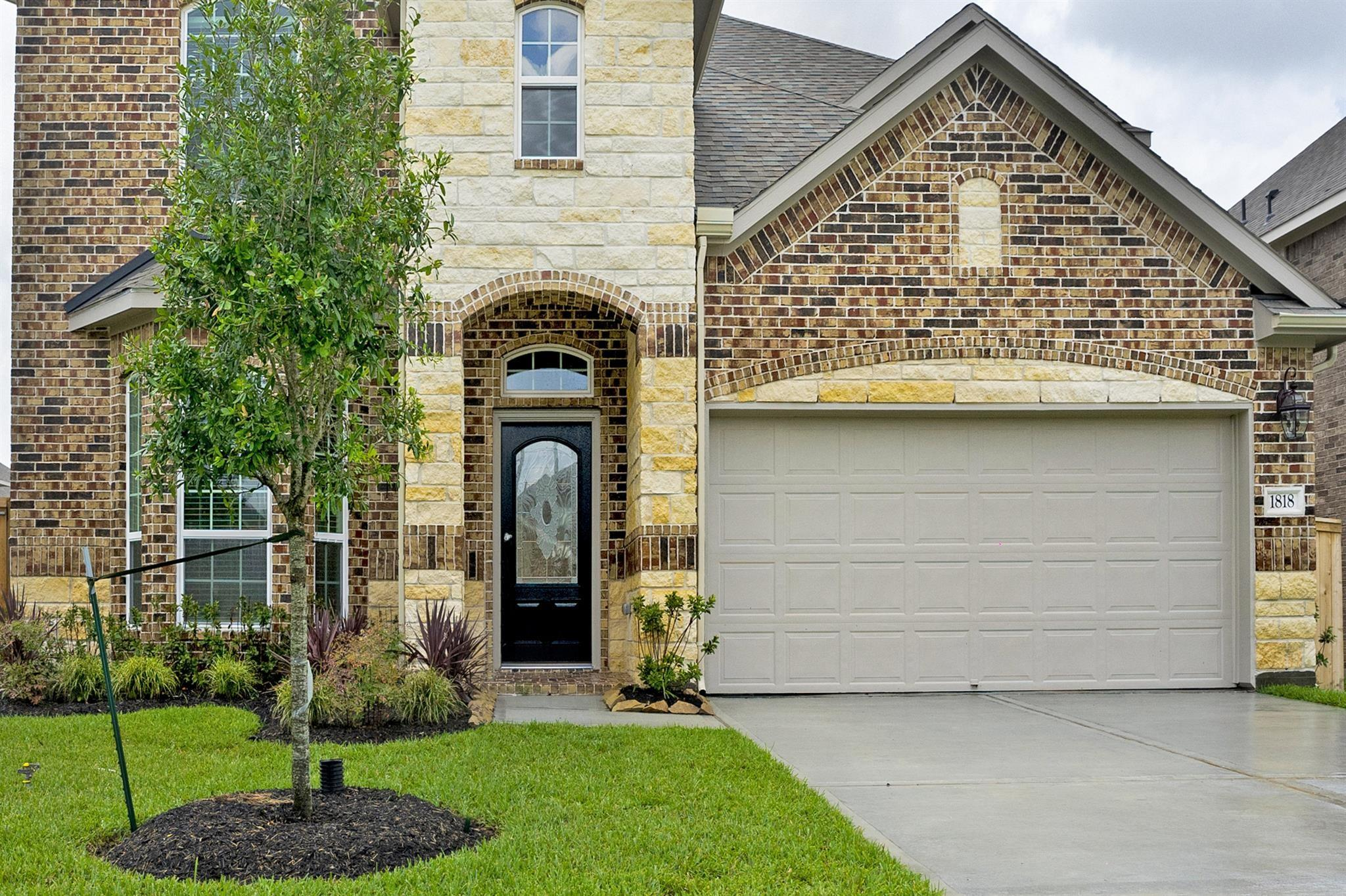 1818 Benbrook Hollow Lane Property Photo