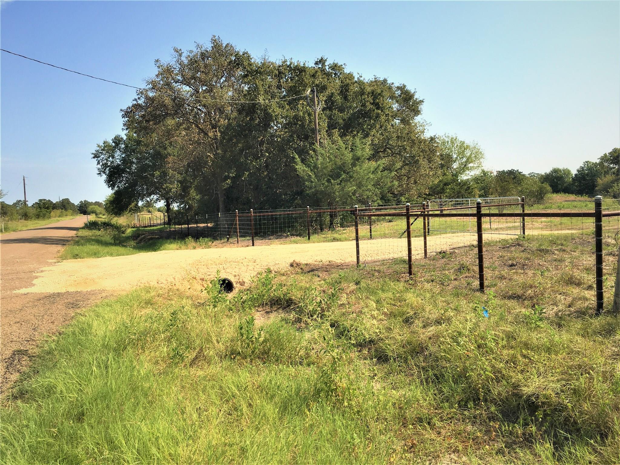 13742 Bluebonnet Lane Property Photo - Iola, TX real estate listing