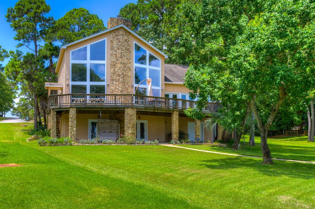 251 Walnut Point Drive Property Photo - Coldspring, TX real estate listing