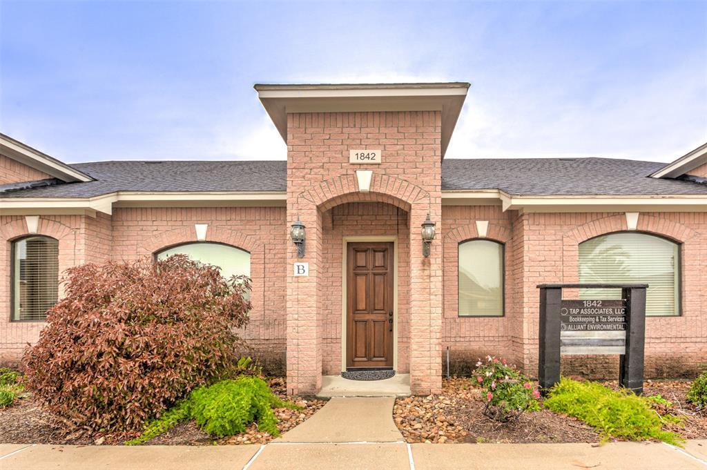 1842 Snake River Road #C Property Photo - Katy, TX real estate listing