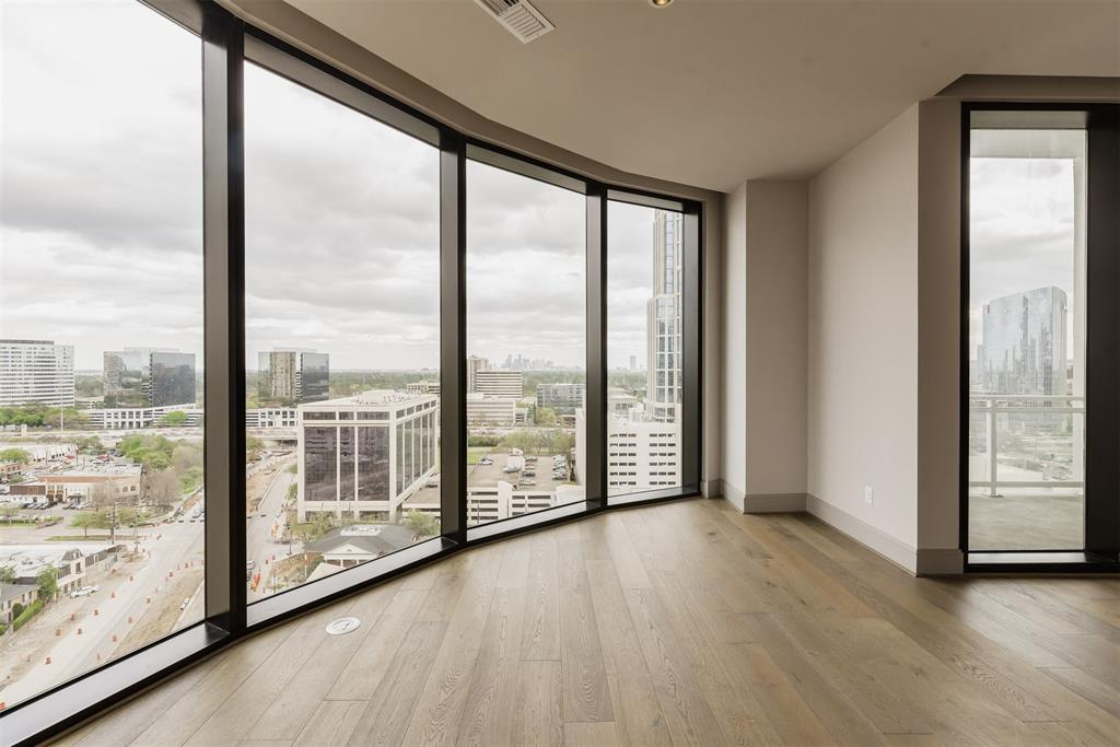 1409 Post Oak Boulevard #1502 Property Photo - Houston, TX real estate listing