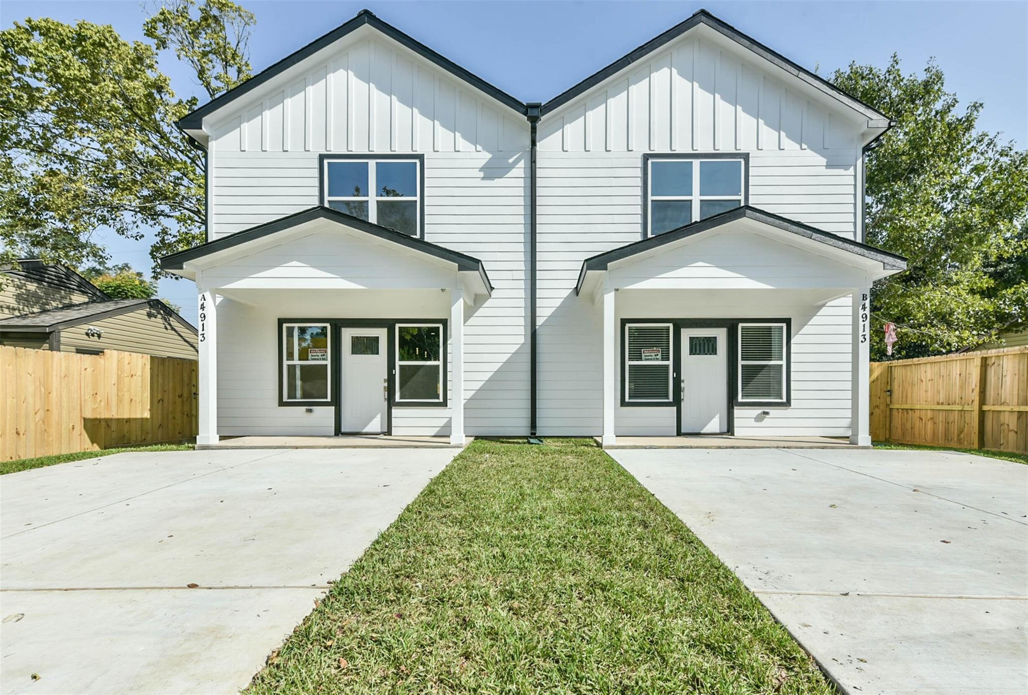 4913 Southwind Street Property Photo - Houston, TX real estate listing