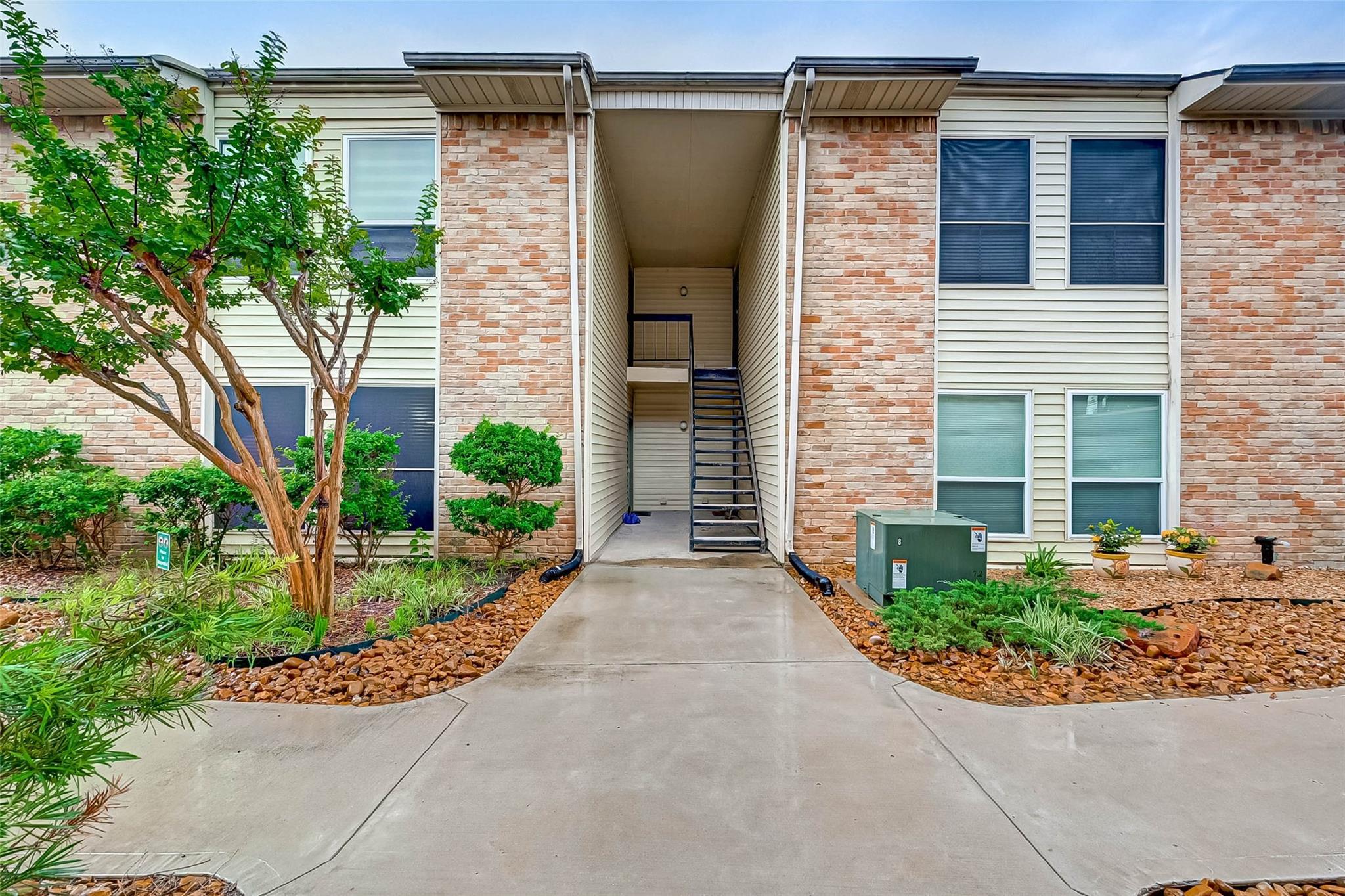 2300 Augusta Drive #21 Property Photo