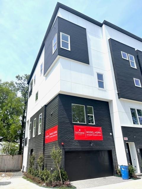 2412l Canal Street Property Photo
