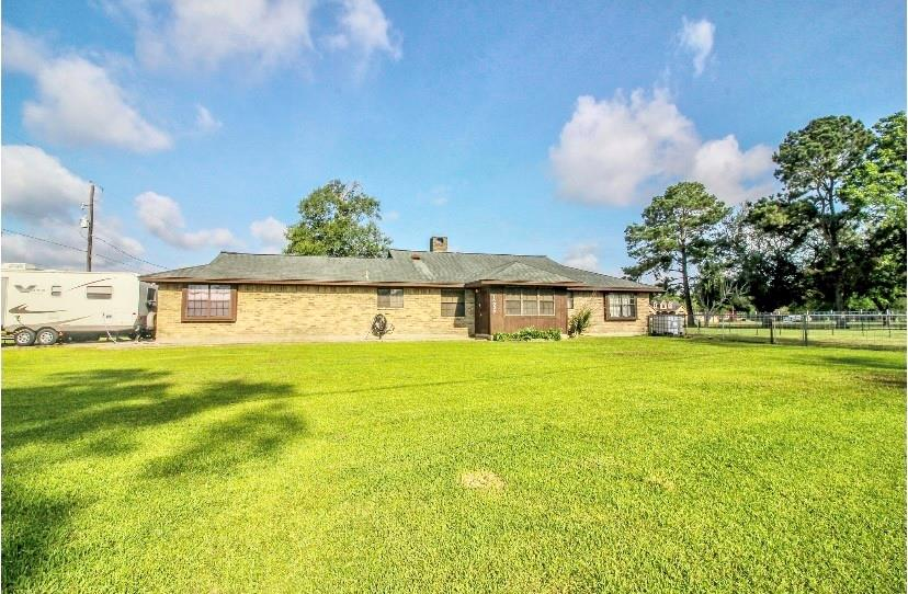 15026 Labelle Road Property Photo 1