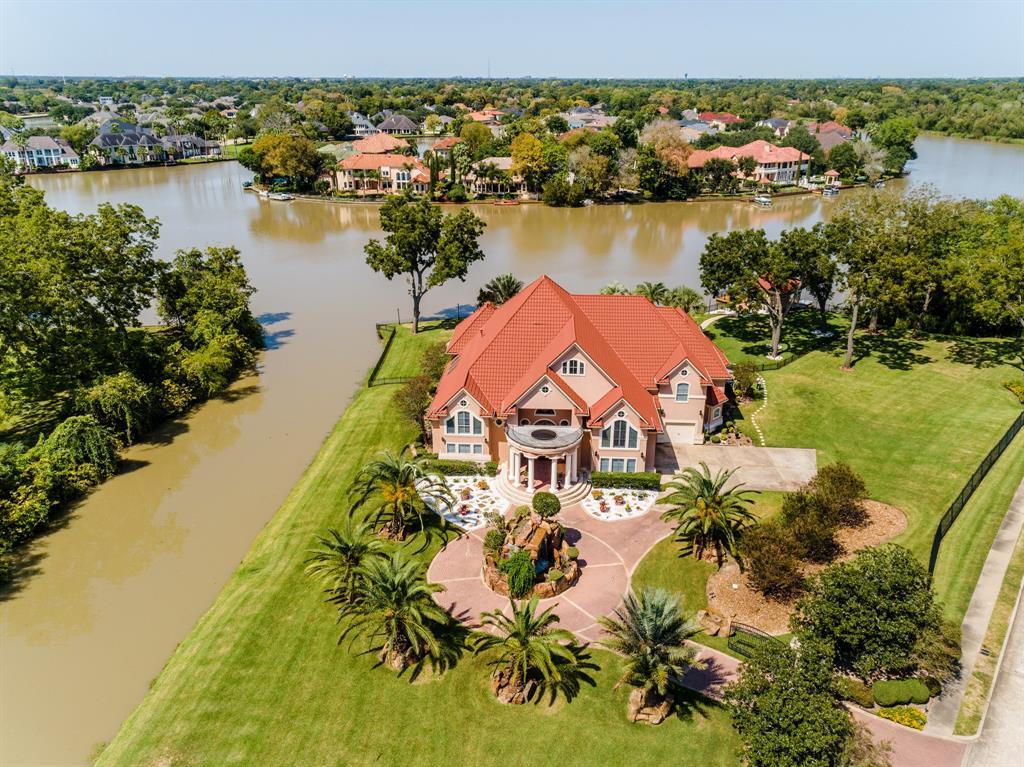 1 Flamingo Island Drive Property Photo - Missouri City, TX real estate listing