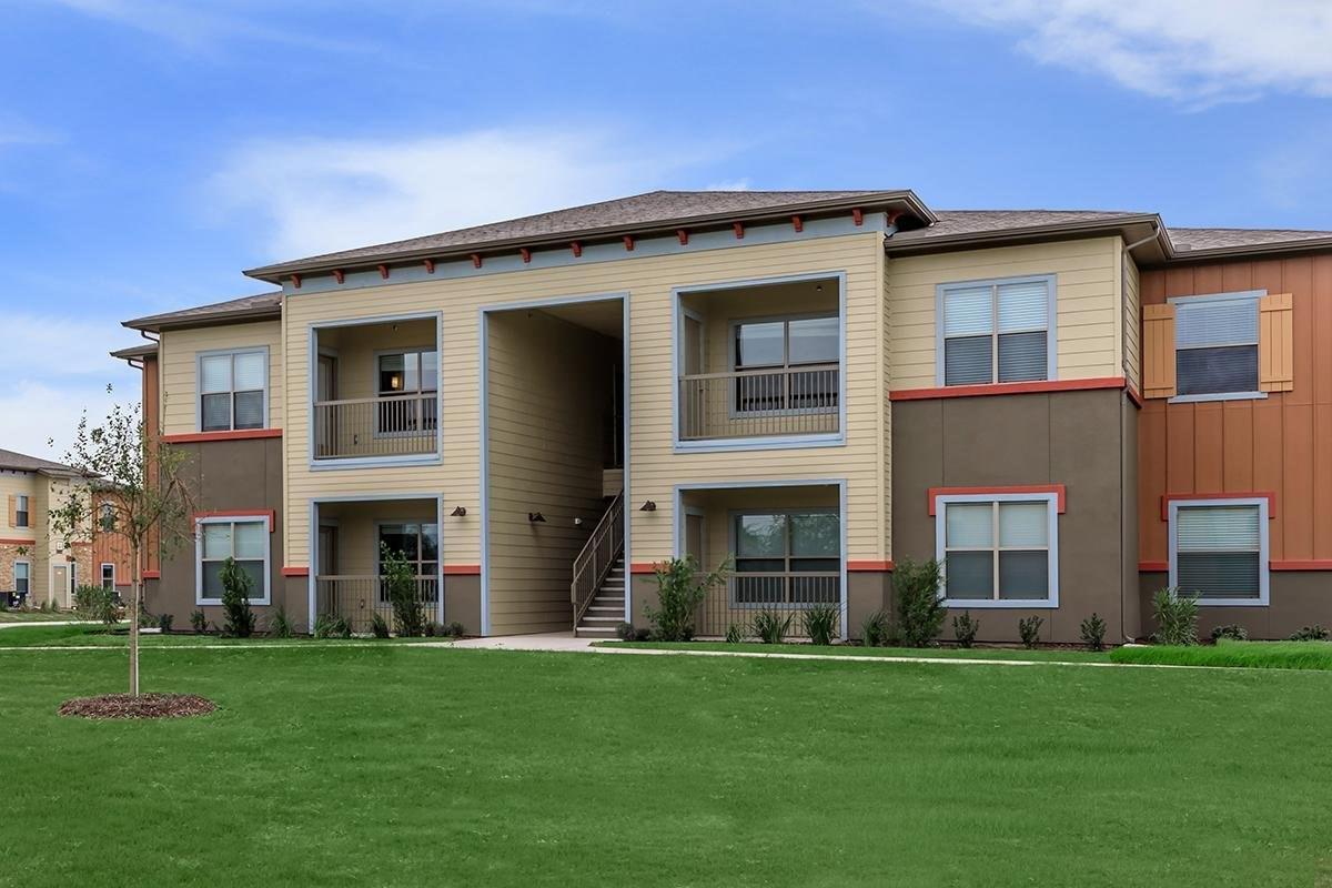 4710 S Veterans Boulevard Property Photo - Edinburg, TX real estate listing