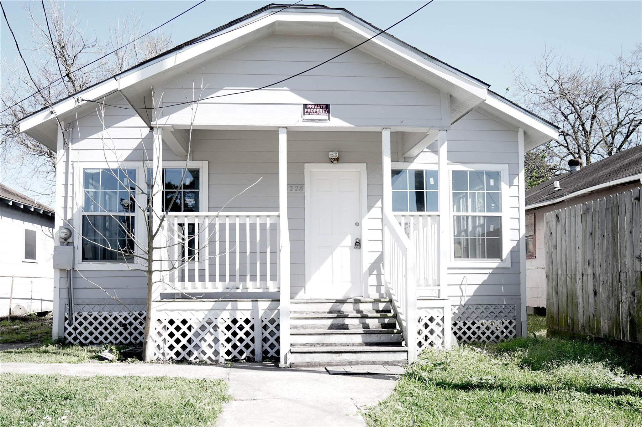 1228 Pine Street Property Photo - Baytown, TX real estate listing