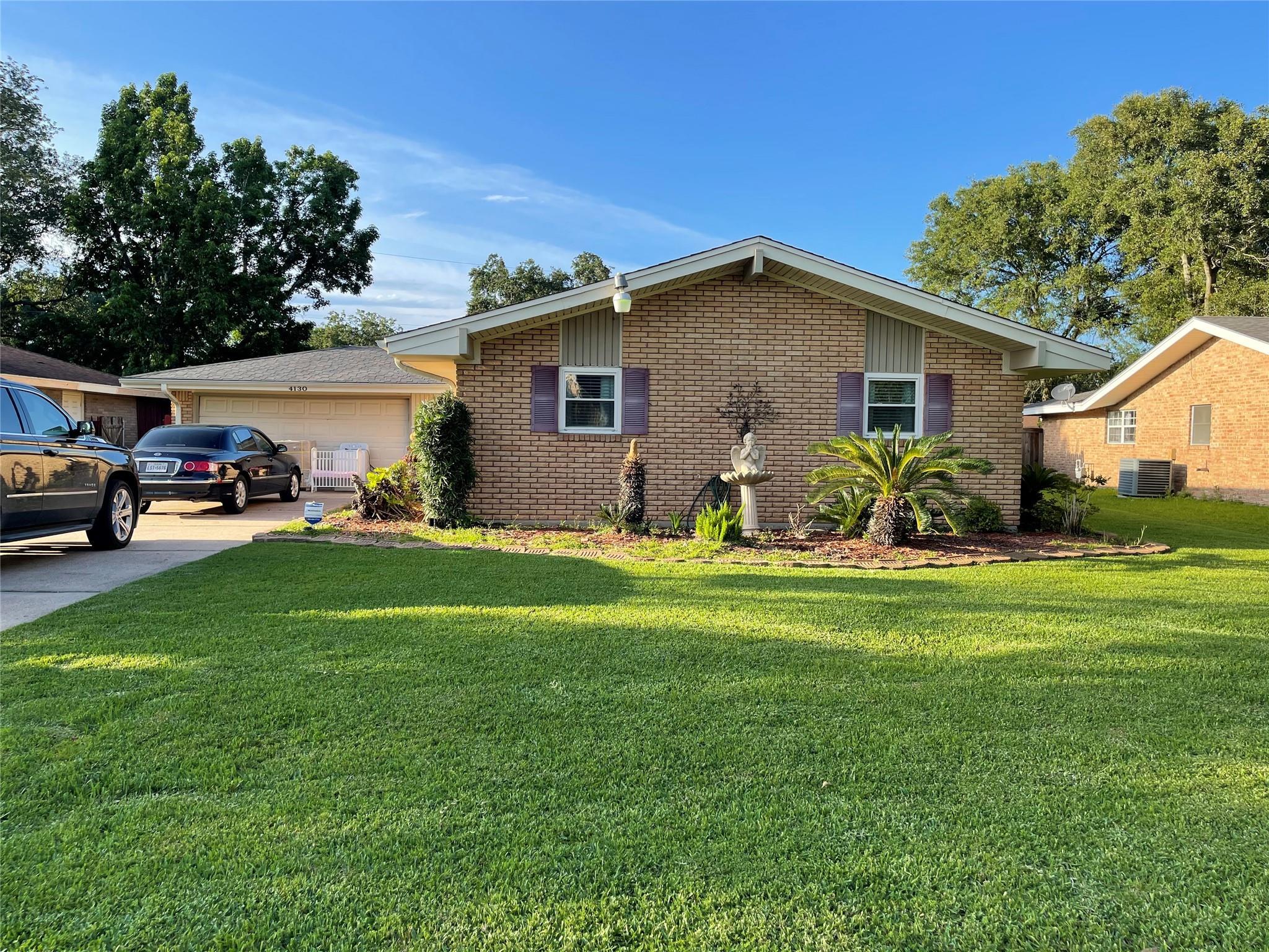 4130 Wentworth Avenue Property Photo