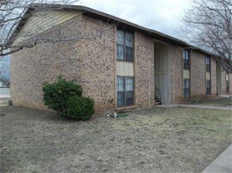 76043 Real Estate Listings Main Image