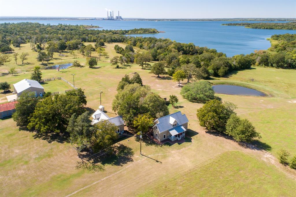 609 Lakeview Road, Fayetteville, TX 78940 - Fayetteville, TX real estate listing