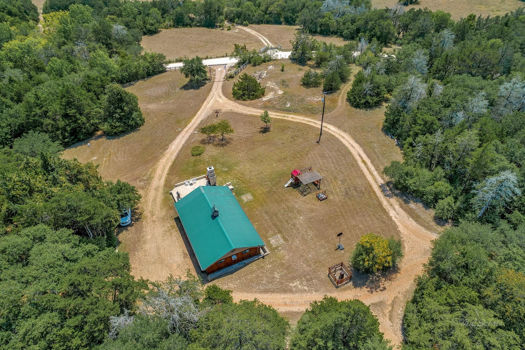 10900 Mayer Cemetery Property Photo - Burton, TX real estate listing