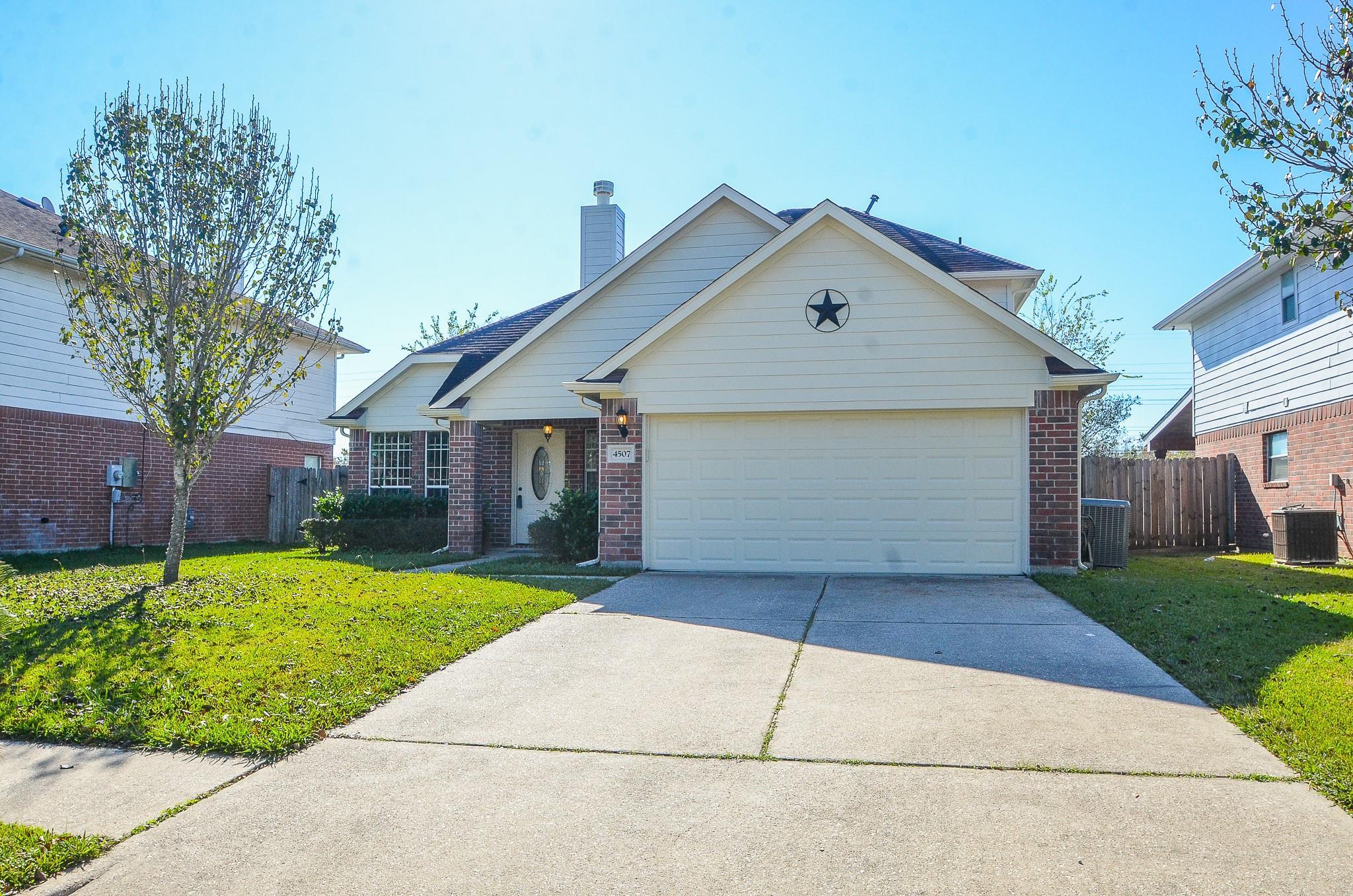 4507 S Ridgewalk Drive Property Photo - Houston, TX real estate listing
