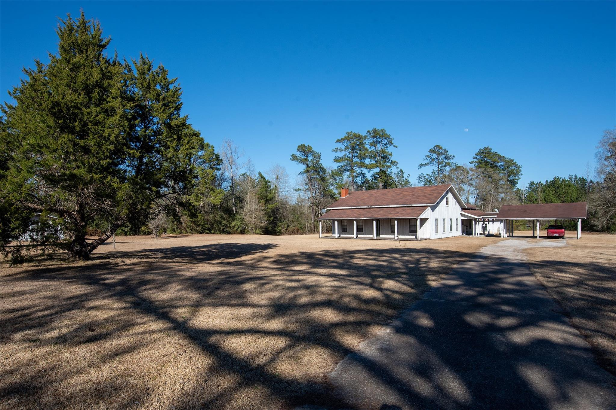7325 S Hwy 69 Highway S Property Photo - Hillister, TX real estate listing
