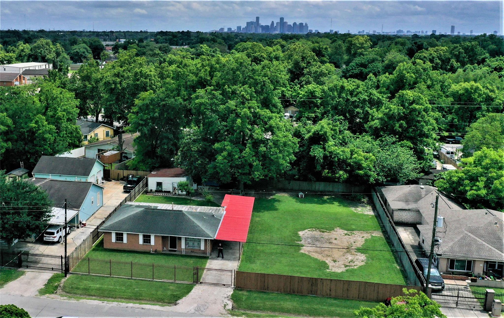 282 Harkness Street Property Photo