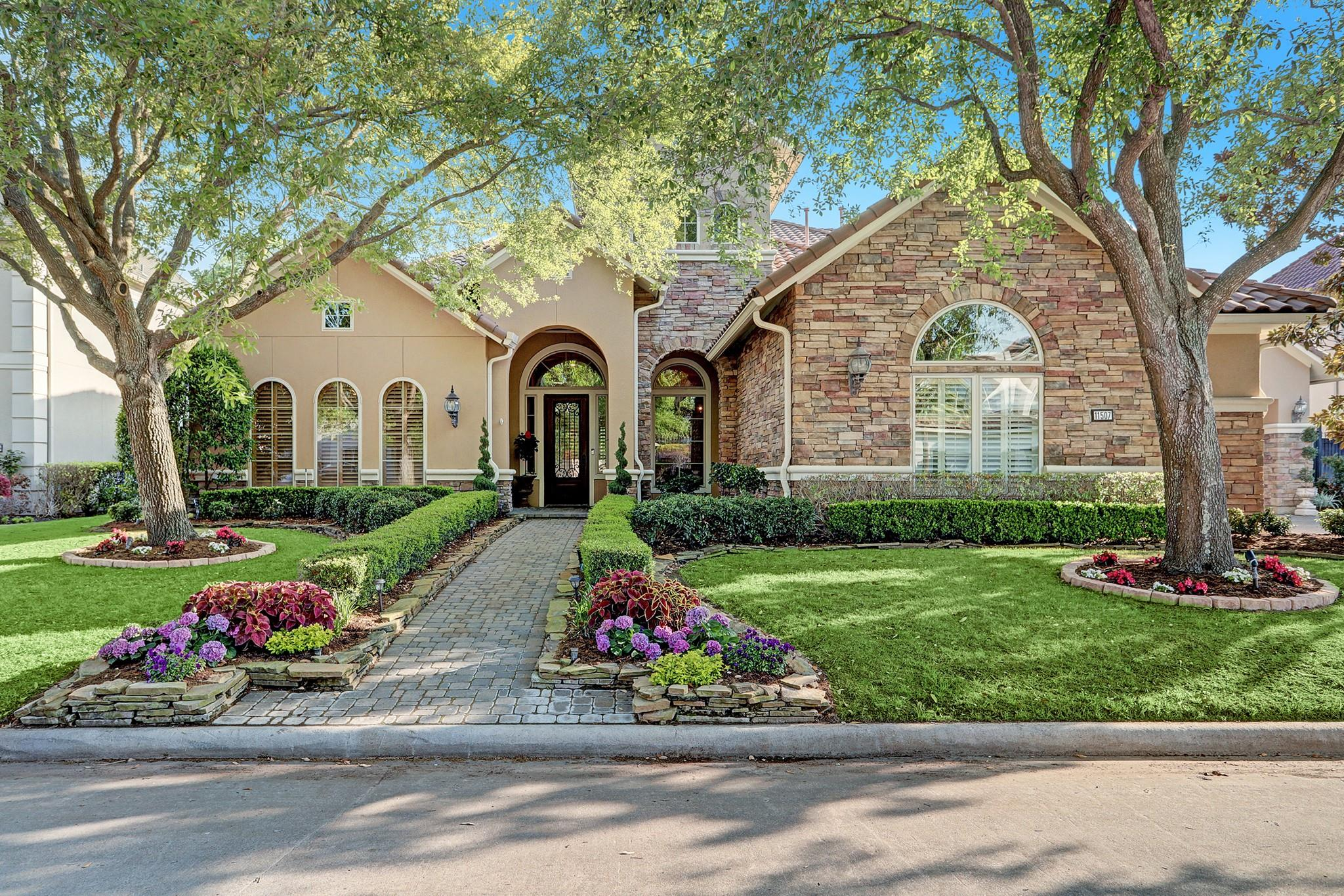11507 Legend Manor Drive Property Photo - Houston, TX real estate listing