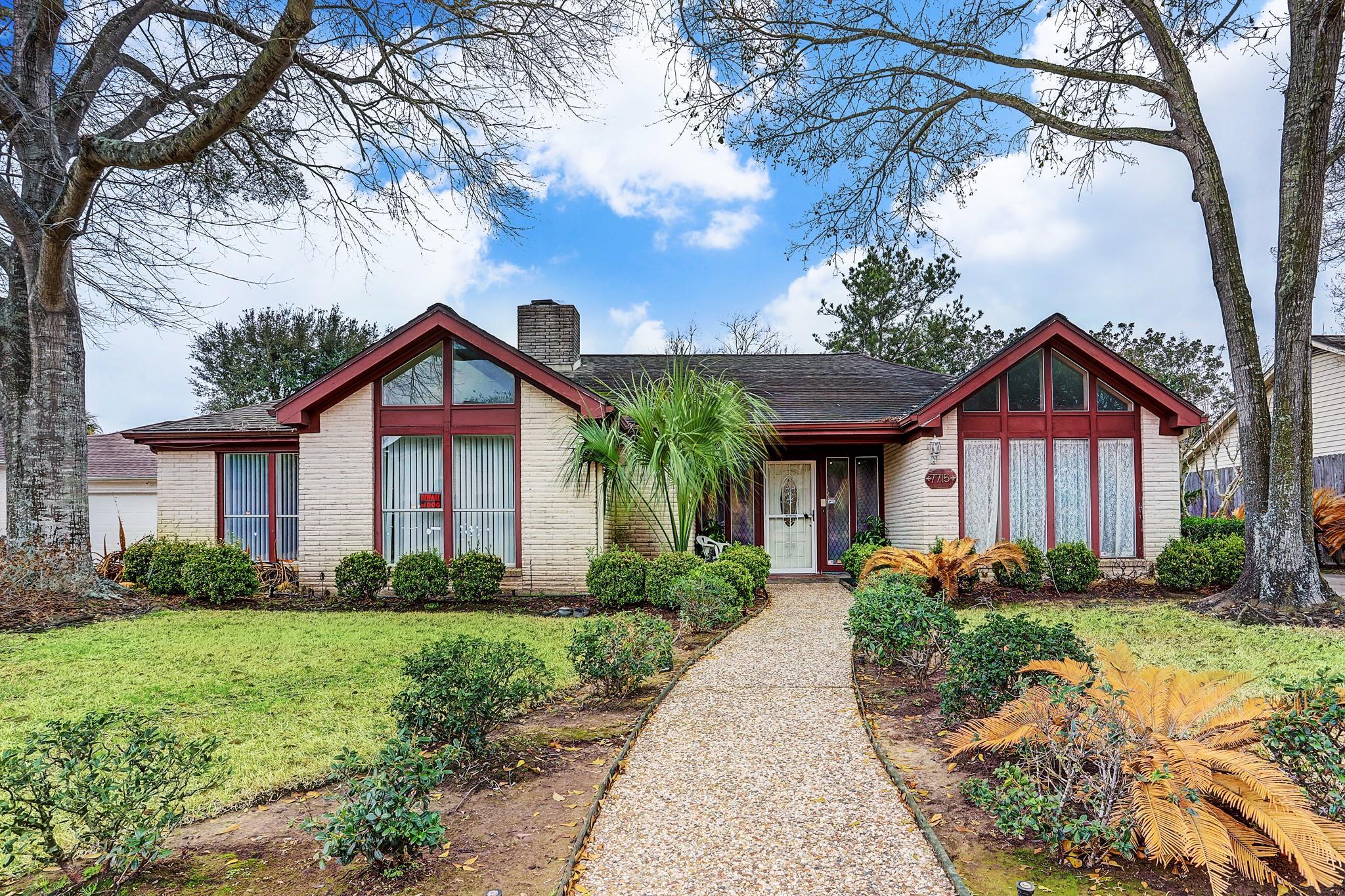 7715 Coachwood Drive Property Photo