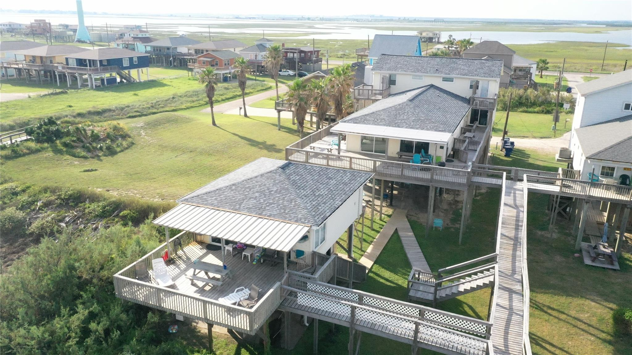 215 Spoonbill Place Property Photo - Surfside Beach, TX real estate listing