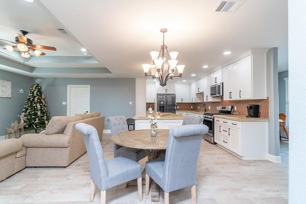 4842 Bellnole Dr Property Photo - Houston, TX real estate listing