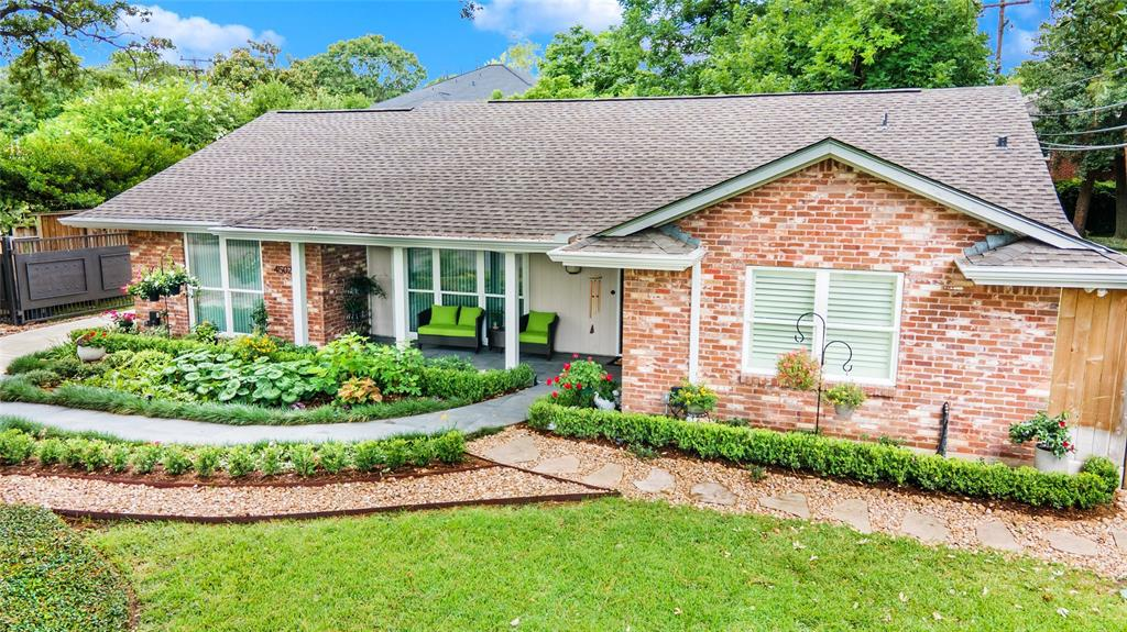 4502 Banning Drive Property Photo - Houston, TX real estate listing