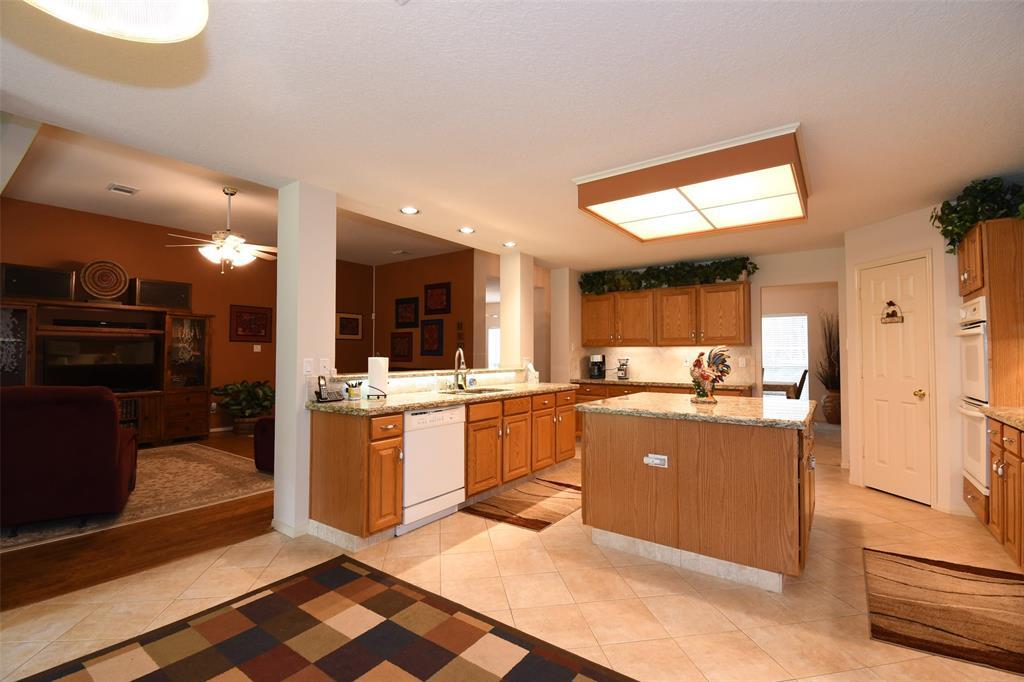 501 Oak Forest Road Property Photo