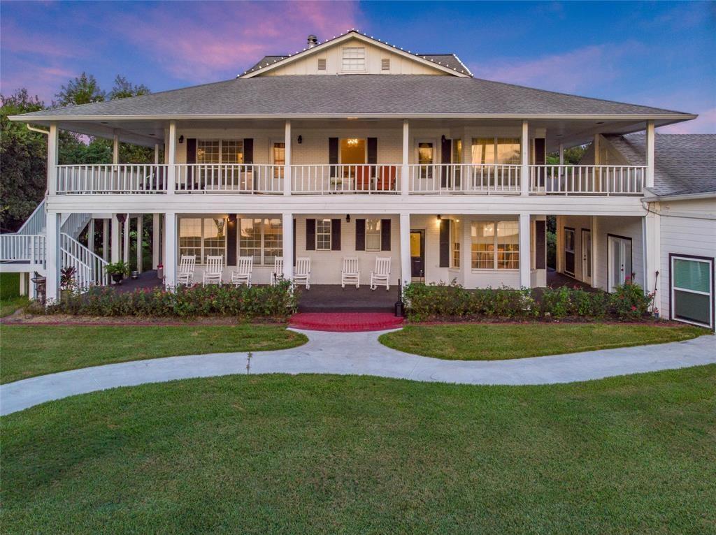 3600 Tri City Beach Road Property Photo - Baytown, TX real estate listing