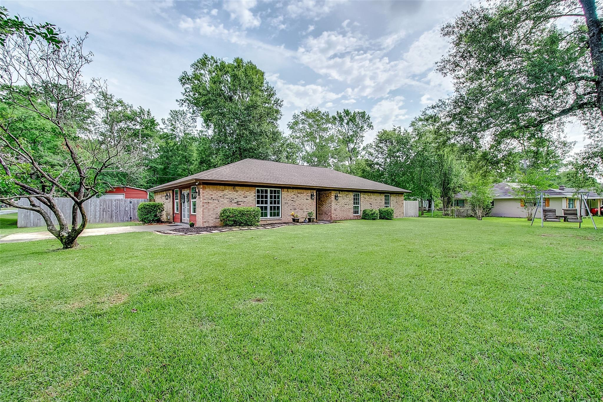 13390 Capital Drive Property Photo