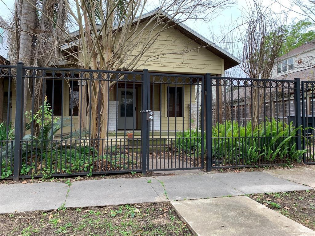 Adam Clay Sec 02 Real Estate Listings Main Image
