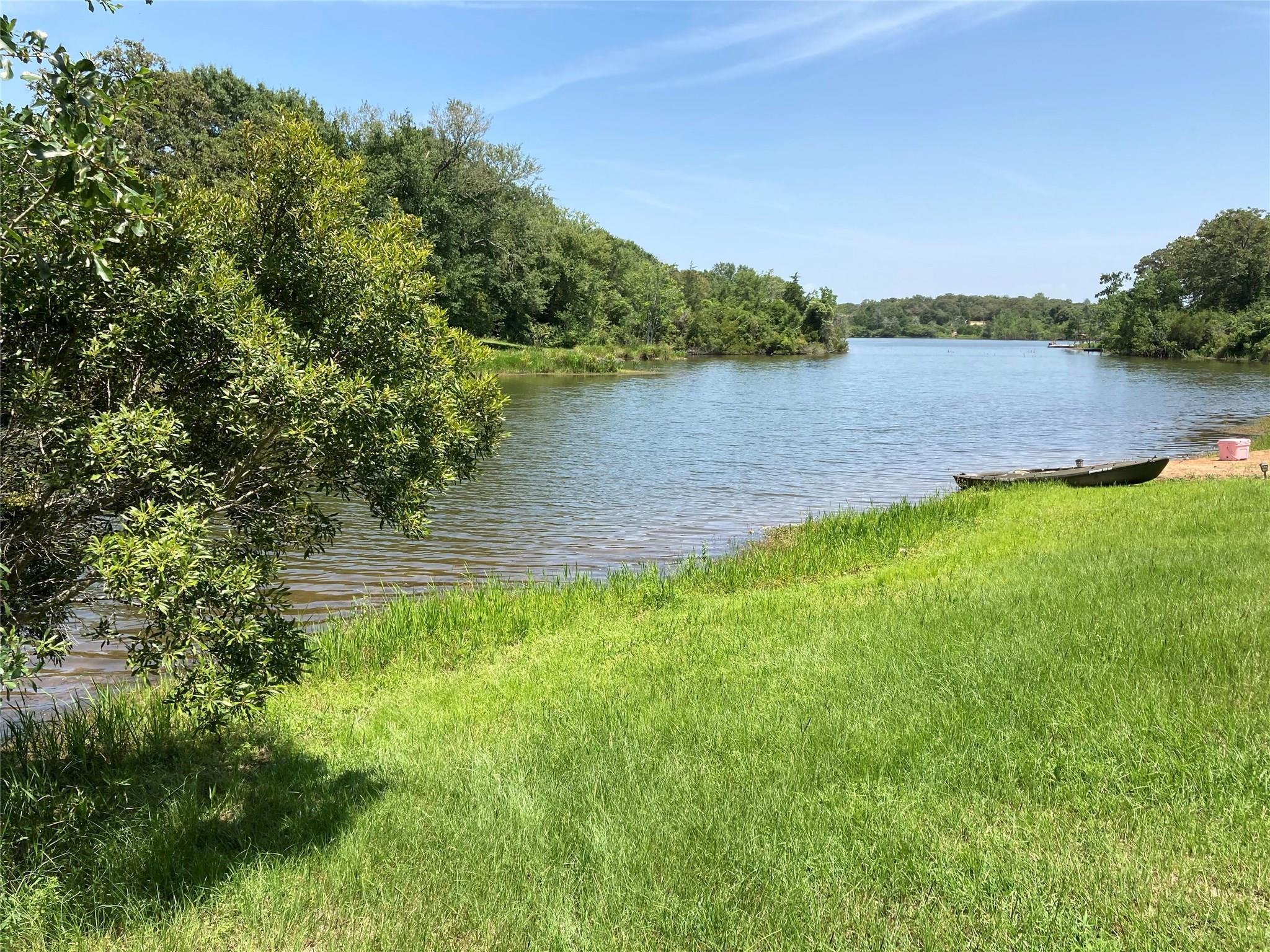 Lot 17 Lakeland Drive S Property Photo - Hilltop Lakes, TX real estate listing